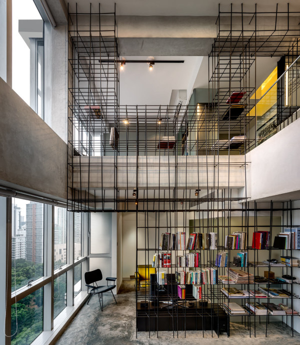 Loft Apartment: This Apartment Has A Giant Cage Inside!