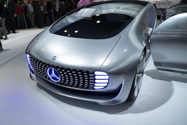 Mercedes-Benz F 015-02