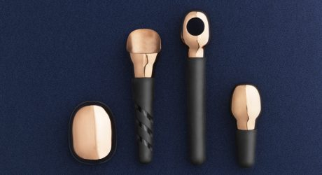 A Basic, Yet Awesome Set of Wine Accessories