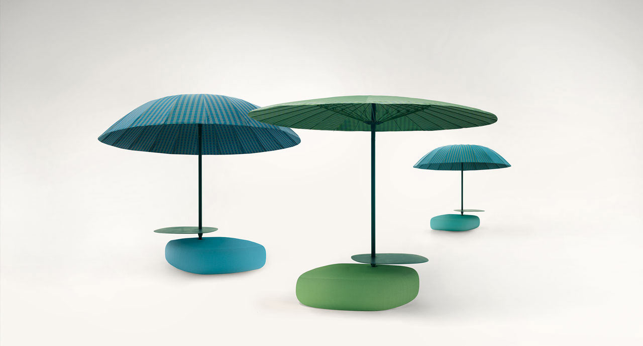 Bistrò: Colorful Outdoor Umbrellas by Paola Lenti