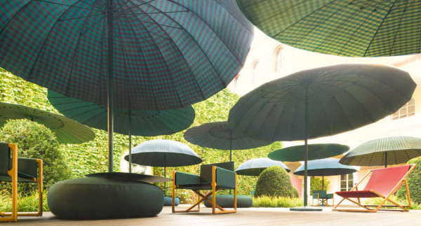 Paola-Lenti-Bistro-umbrella-parasol-3