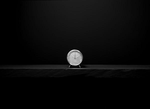 Piet Hein Eek tube_clock_steel_front
