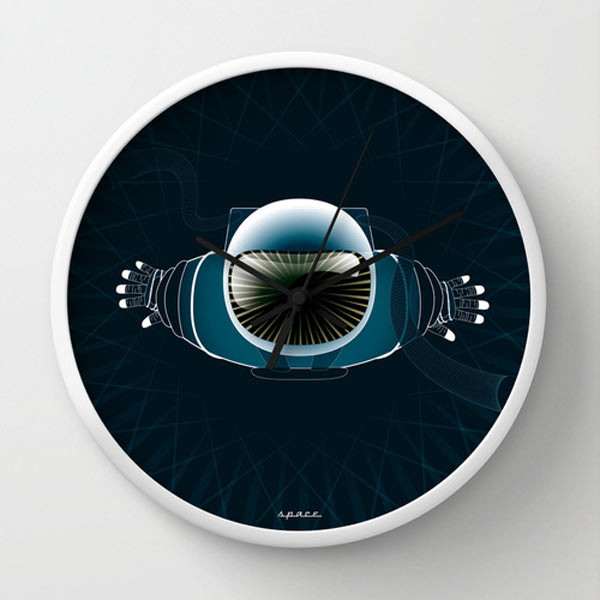 astronaut-wall-clock