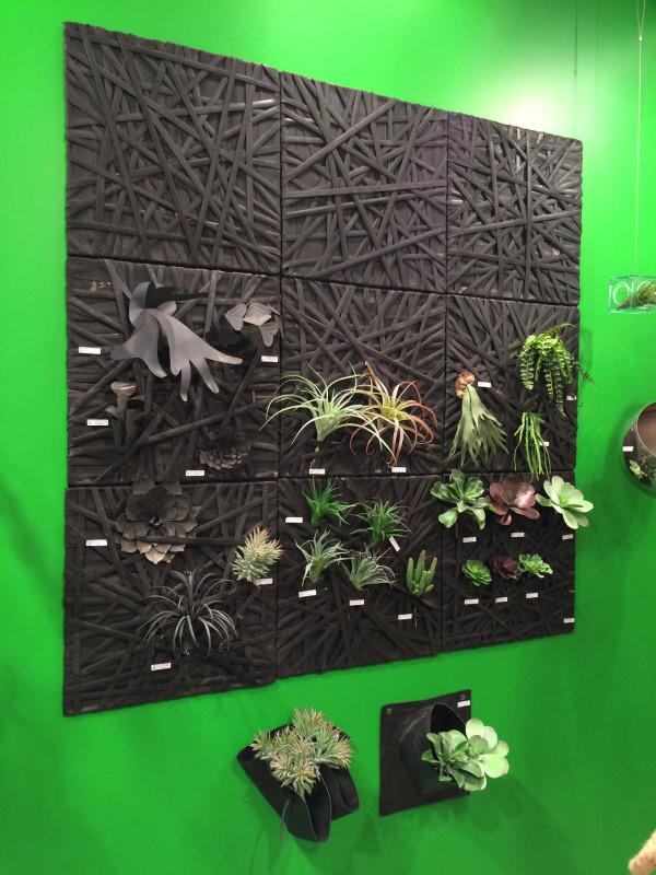gold-leaf-wall-planter