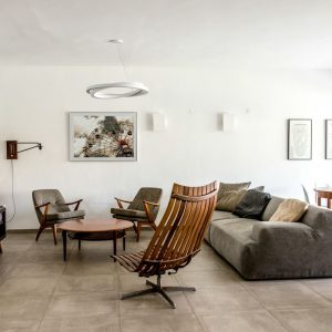 A Light-Filled Home in Israel Gets A Renovation