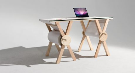 A Desk That Lets You Record Thoughts & Ideas in the Moment