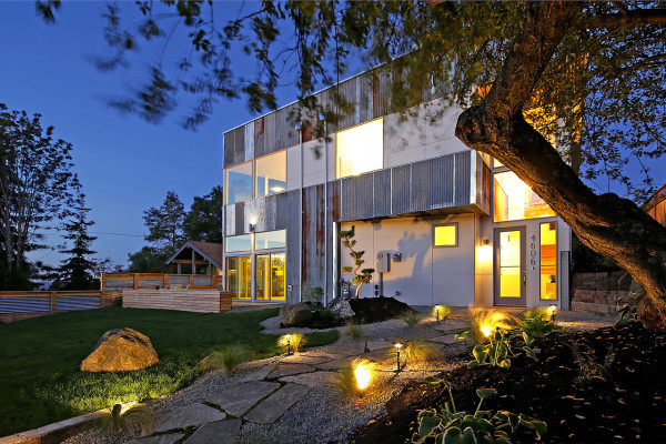 Dwell-Development-Modern-Reclaimed-House-2