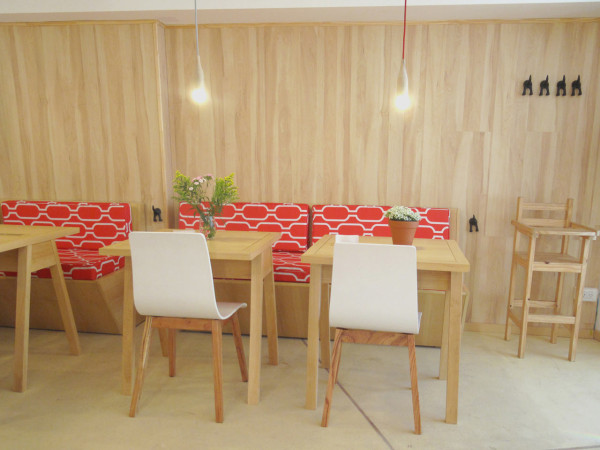 Fiii-Fun-House-Restaurant-Iris-Cantante-12