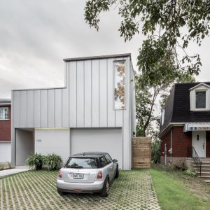 A Montréal House with a Flipped Floor Plan