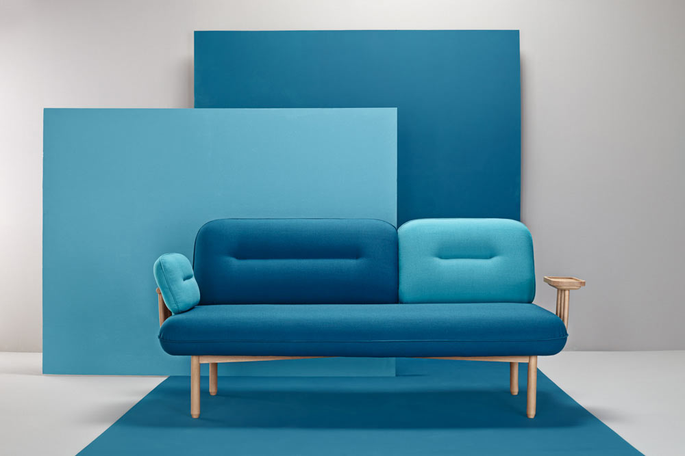 Cosmo: A Chameleon Sofa by La Selva