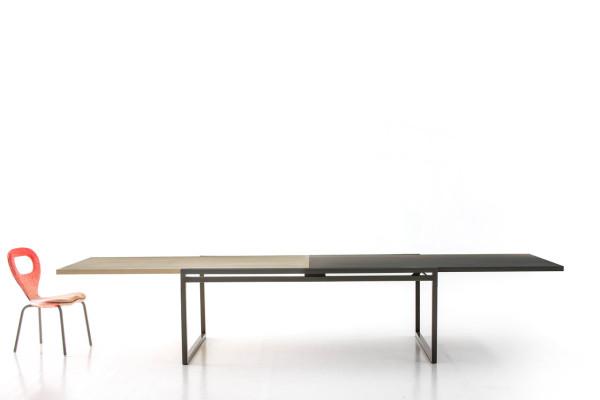 Moroso-Jorg-Schellmann-10-double-table