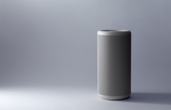 The monolithic monotone turbine appears the white knight cousin of Apple's glossy black Mac Pro, doesn't it?