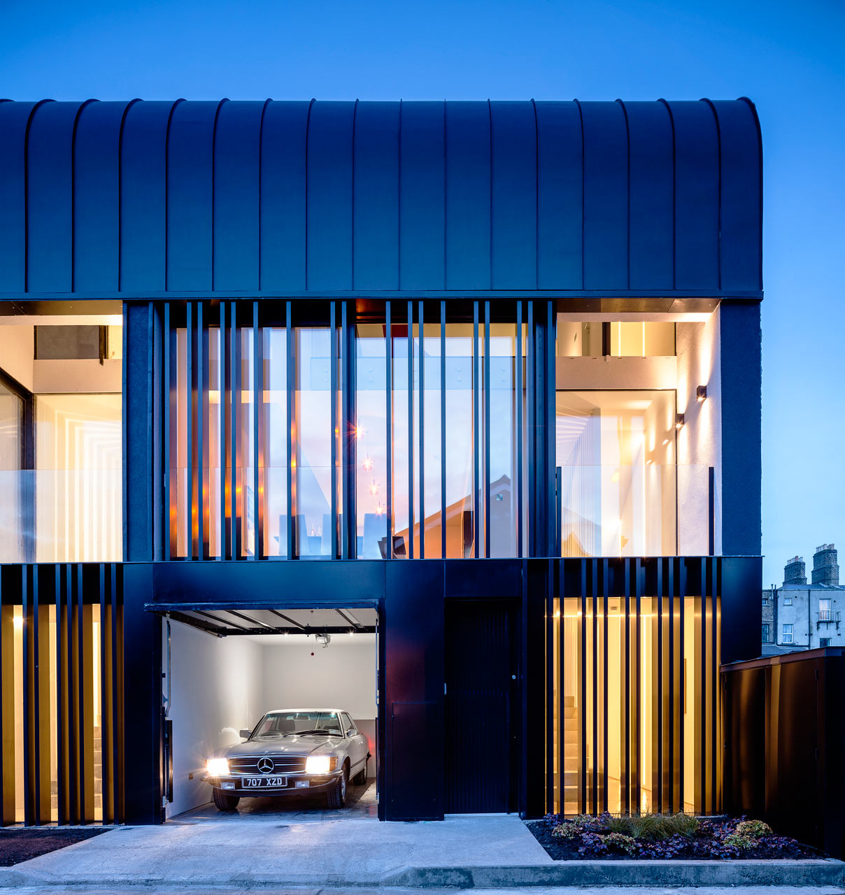 Townhouses in dublin with a striking exterior design milk for Townhouse architecture designs