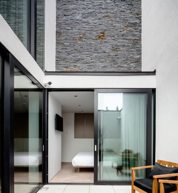 One-Percy-Lane-Townhouse-ODOS-Architects-12
