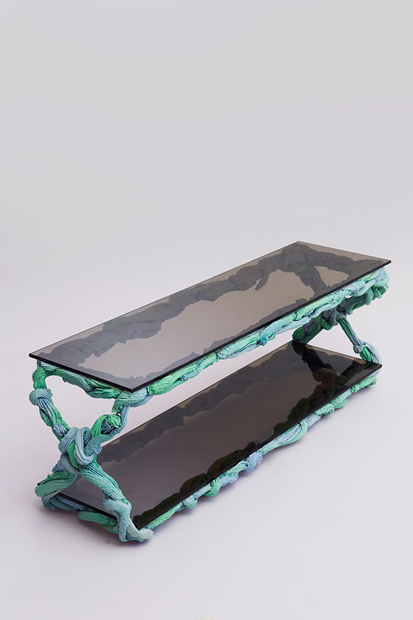 PlasticBaroque_Table_059