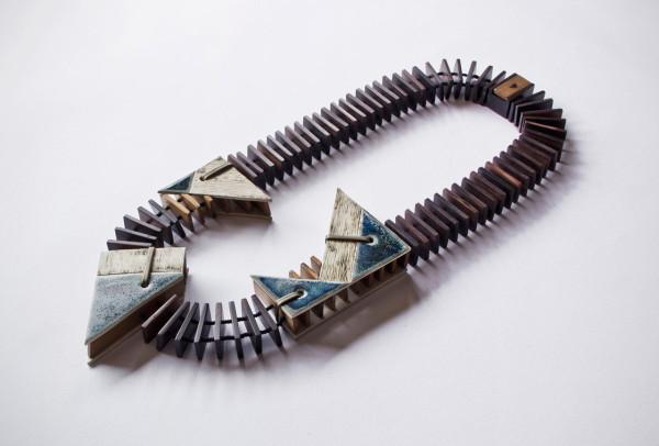 Vulantri-Ceramic-Necklaces-5