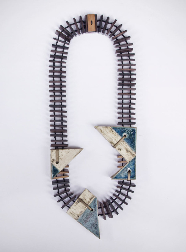 Vulantri-Ceramic-Necklaces-6