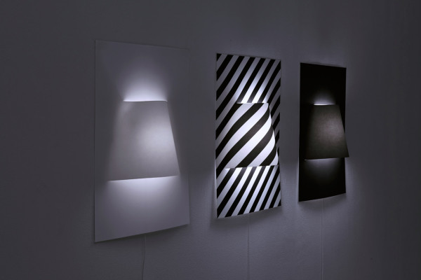 Yoy-Poster-Wall-Lamp-1a