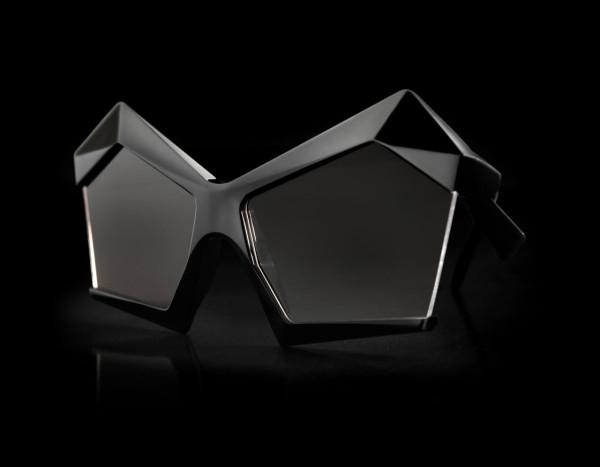 13and9-Design-GEOMETRIC-COLLECTION-JEWELERY-15-DiamondShades13BrilliantBlack
