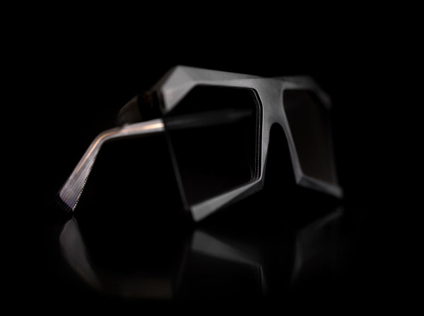 13and9-Design-GEOMETRIC-COLLECTION-JEWELERY-18-DiamondShades9-3DGray