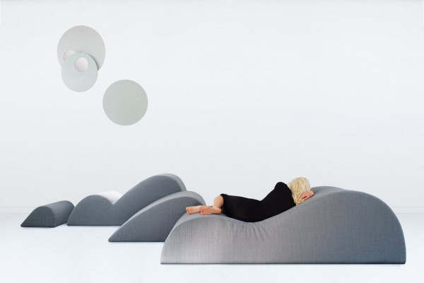 Dune-Lounge-Chair-Smarin-1