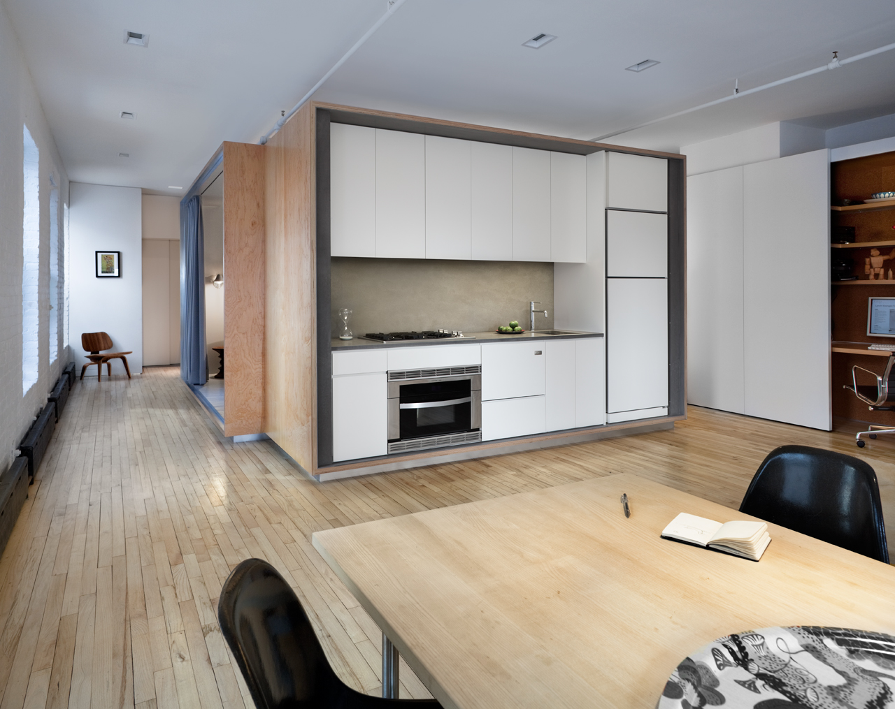 A 900-Square-Foot Tribeca Loft with Some Clever Privacy