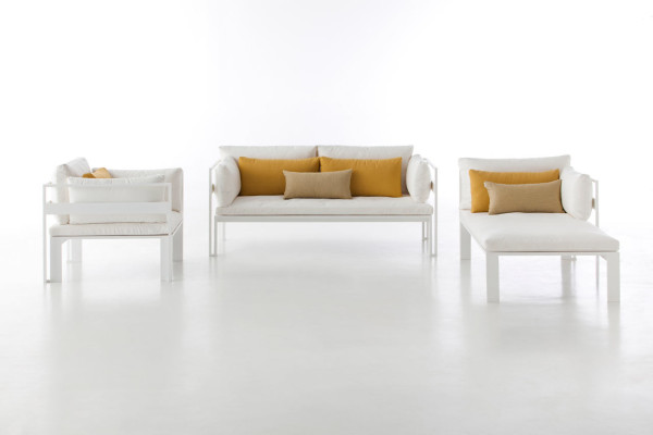 Jian-Outdoor-Furniture-NeriHu-Gandiablasco-3