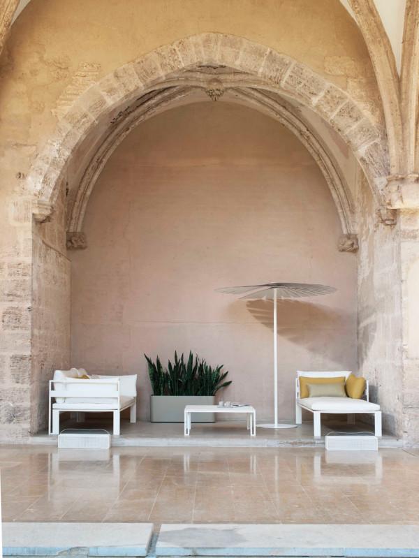 Jian-Outdoor-Furniture-NeriHu-Gandiablasco-5