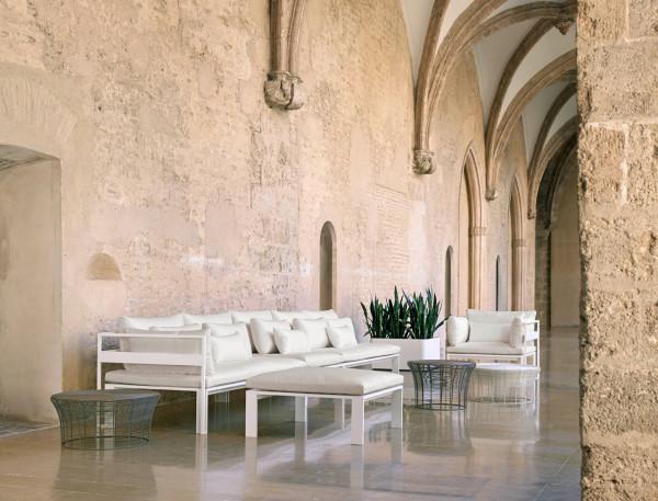 Jian-Outdoor-Furniture-NeriHu-Gandiablasco-7