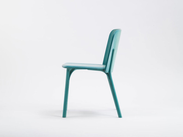Split-chair-gradient-Arik-Levy-Ton-2