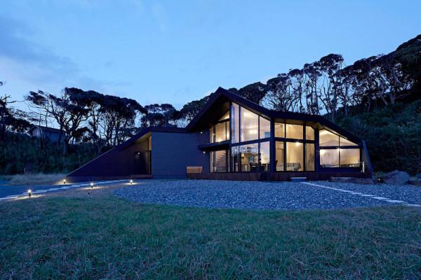 Villa-Escargot-Takeshi-Hirobe-Architects-12