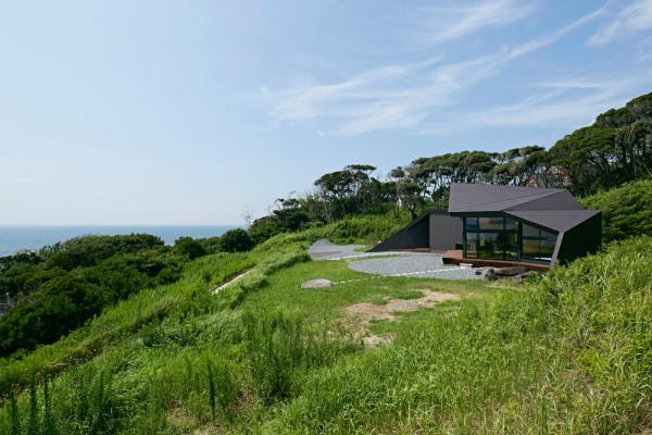 Villa-Escargot-Takeshi-Hirobe-Architects-2