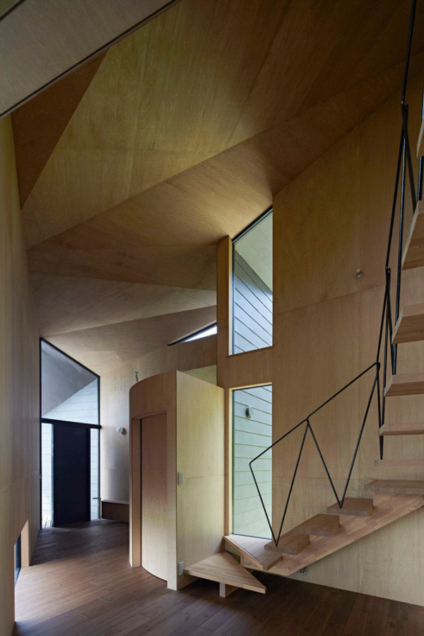 Villa-Escargot-Takeshi-Hirobe-Architects-8