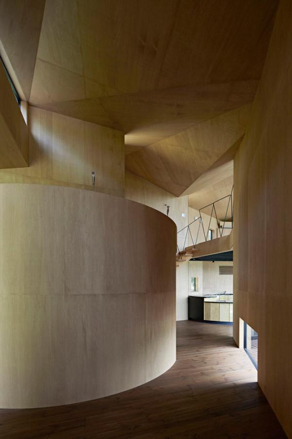 Villa-Escargot-Takeshi-Hirobe-Architects-9