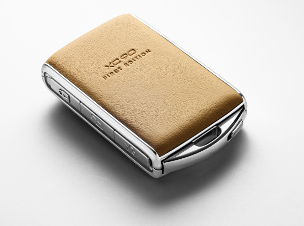 One of the 1,927 First Edition XC90 key fobs made to honor Volvo's founding date. The attention to detail and material reminds us of the uber-exclusive Vertu Constellation.