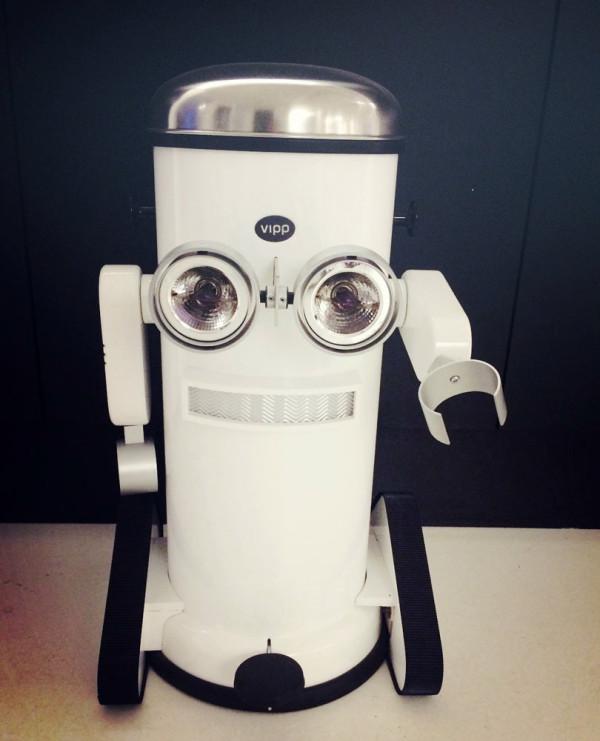 Where-I-Work-Morten-Bo-Vipp-robot