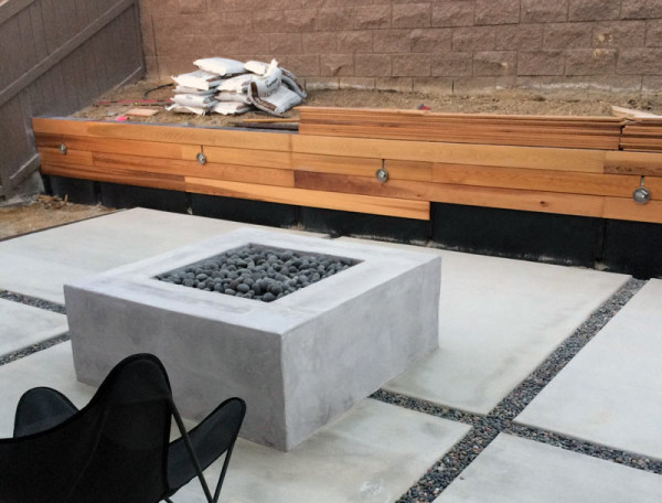 installing-cedar-wood-backyard-wall