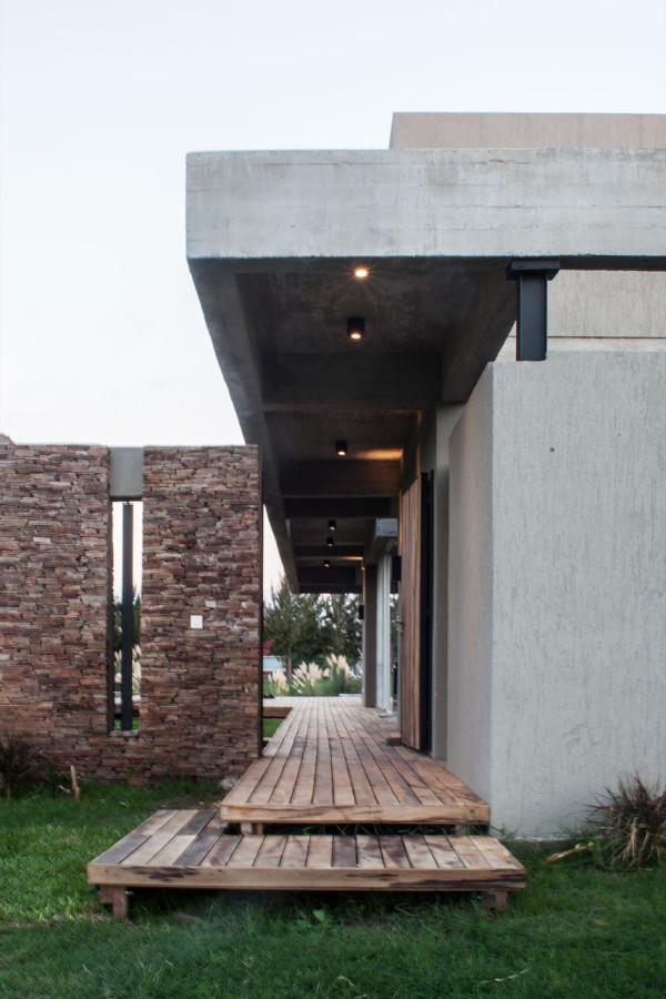 Casa MM Faarq studio 2 600x900 Casa MM by FAARQ Architects