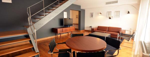 Almada Negreiros Suite