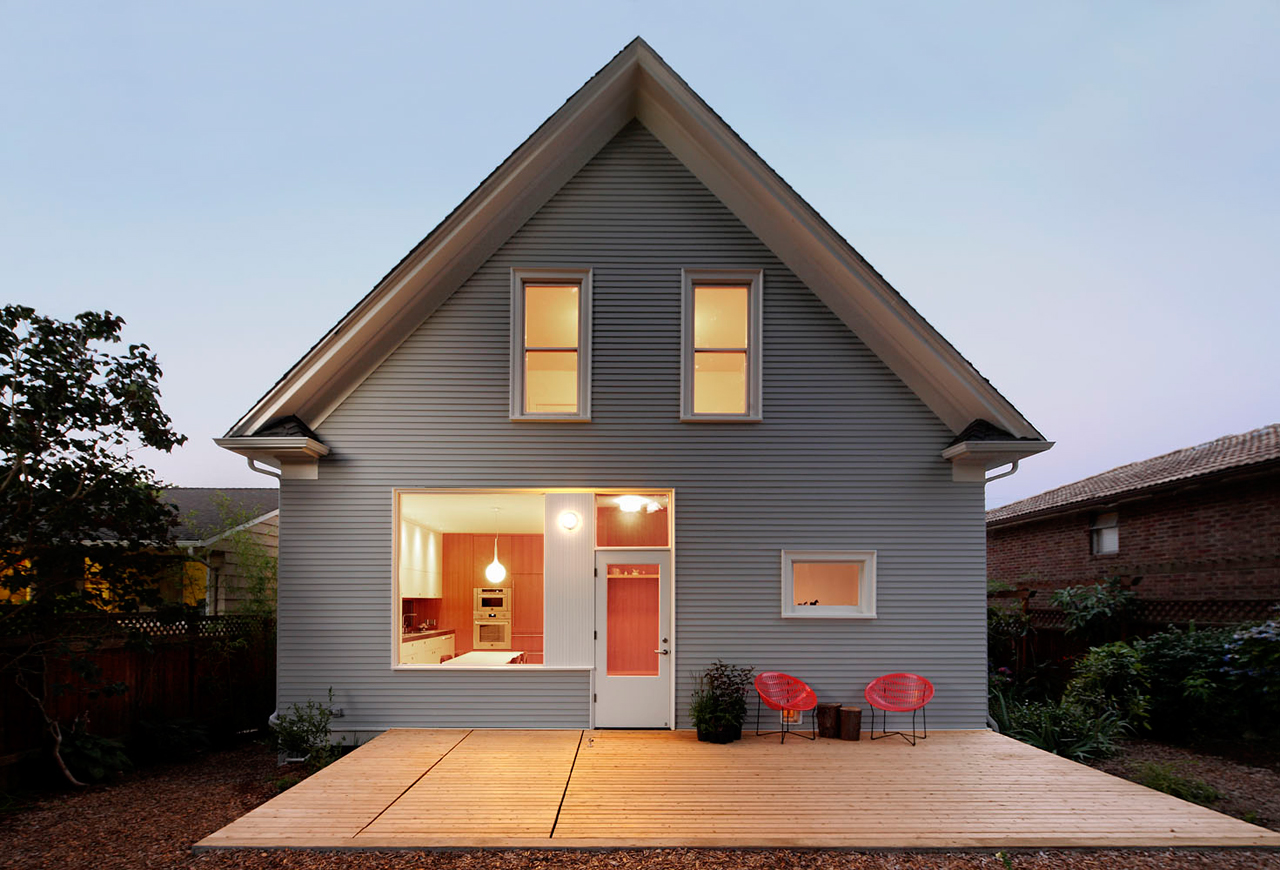 A 1914 craftsman gets a modern intervention design milk for Home architecture