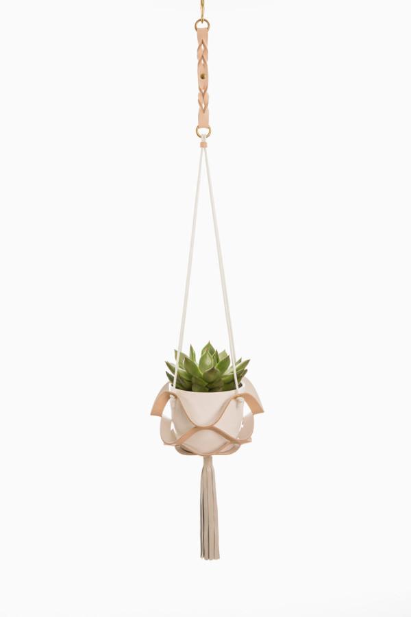 Plant-hangers-Kathryn-Leah-Payne-9
