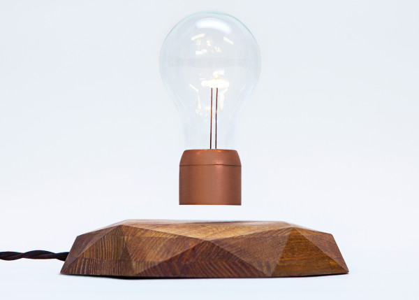 Our personal favorite design is the Flyte Premium, a geometric diamond-cut wooden base made from Swedish elm by woodworker, Dan Henriksson.