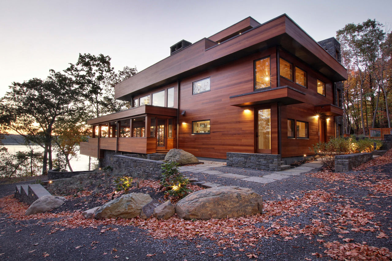 A Weekend Home Along The Banks Of The Hudson River ...