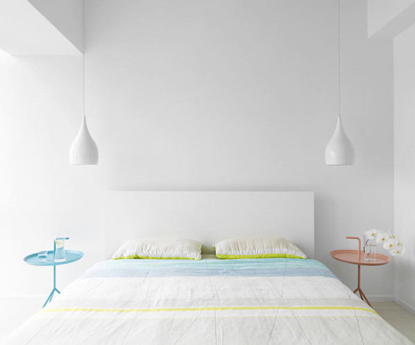 Photo © Kyle Yu  10 Modern Rooms with Pastel Accents Roundup Pastel Room 10 Tai Arch Design bedroom 600x499