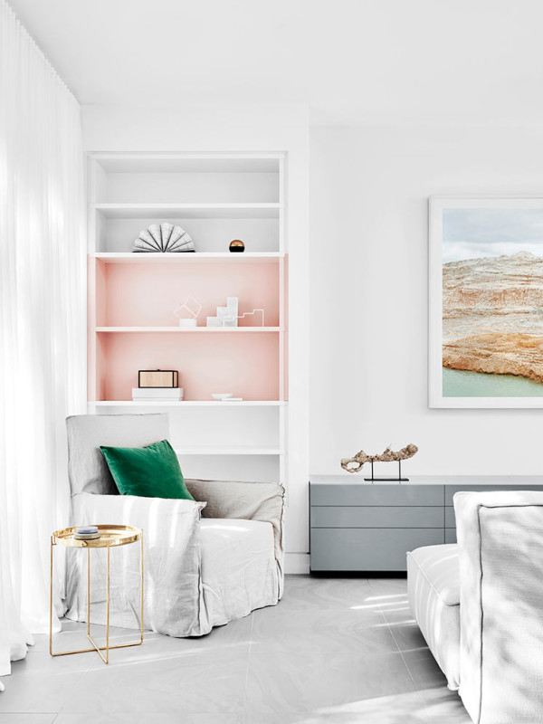 Photo by Brooke Holm  10 Modern Rooms with Pastel Accents Roundup Pastel Room 7 Est magazine Fiona Lynch 600x800