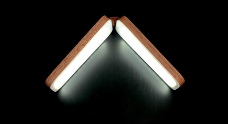 SIVU: A Foldable Table Lamp