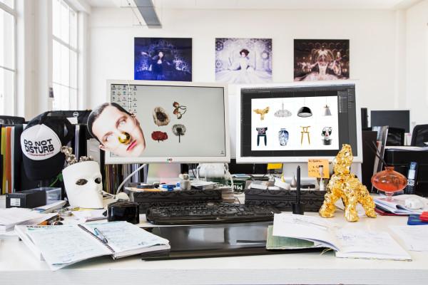 Where-I-Work-Marcel-Wanders-Gabriele-Chiave-14-desk