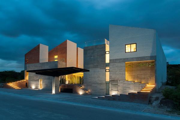 Casa DATRI & DASA: A Two-Home Complex in Mexico
