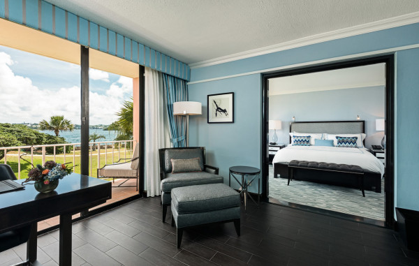 fairmont-hamilton-princess-hotel-One-Bedroom-Suite-Room-View