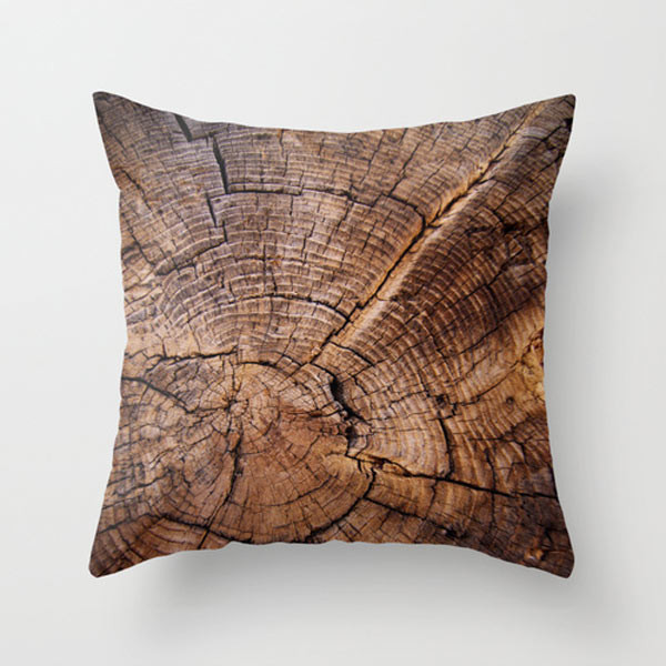 wood-throw-pillow